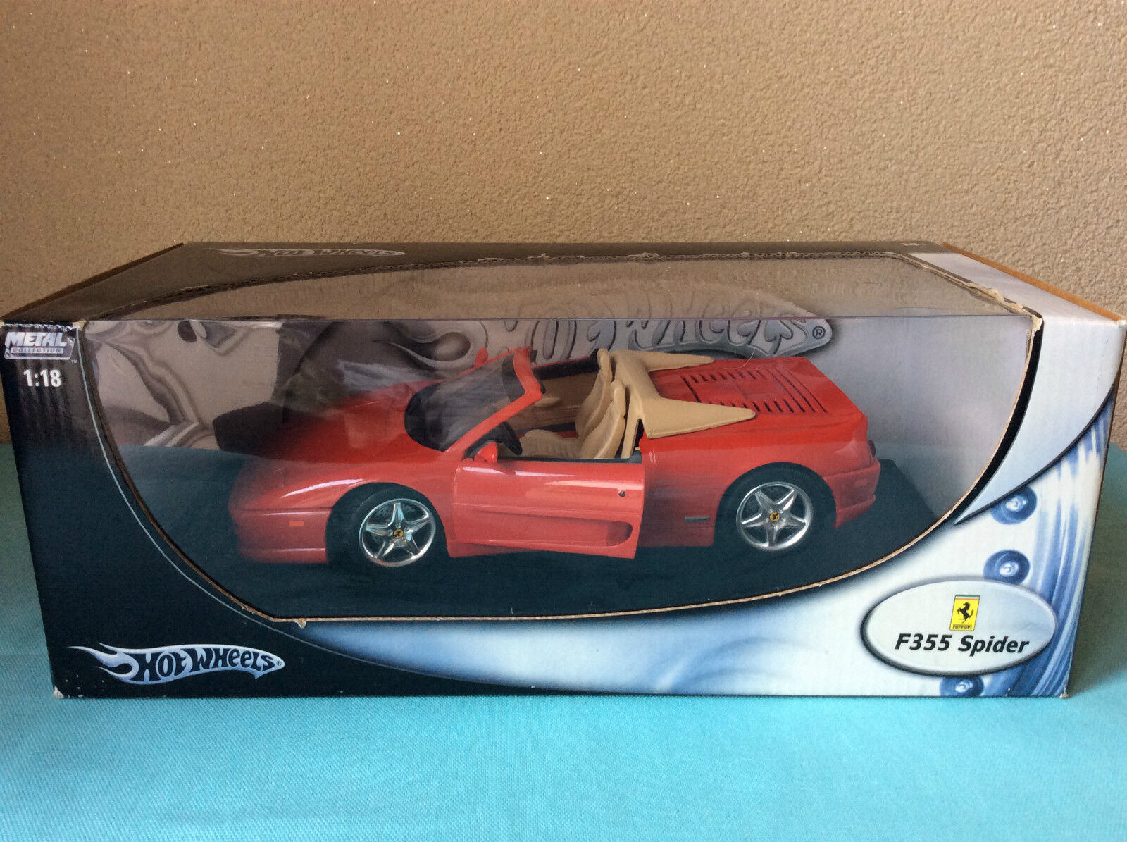 Hot Wheels Ferrari F355 Spider  Metal Collection 1 18 ovp