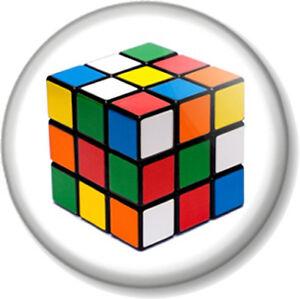 Rubiks-Cube-25mm-1-Pin-Button-Badge-Retro-Rubix-1970s-80s-toy-puzzle-vintage