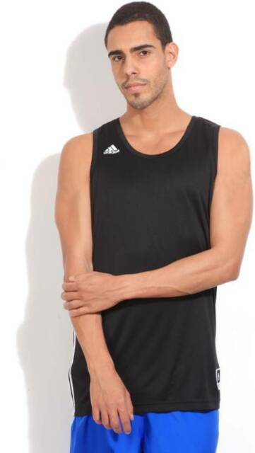 Adidas Solid Mens Round Neck Black T-Shirt (Flat 60% OFF) -950