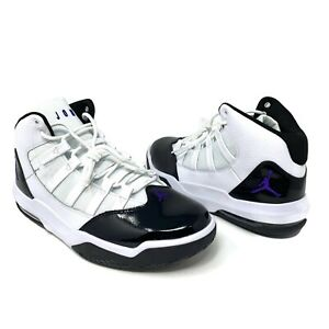 Details about Nike Air Jordan Max Aura Size 10 Men's WhiteBlack Basketball Shoes AQ9084 121