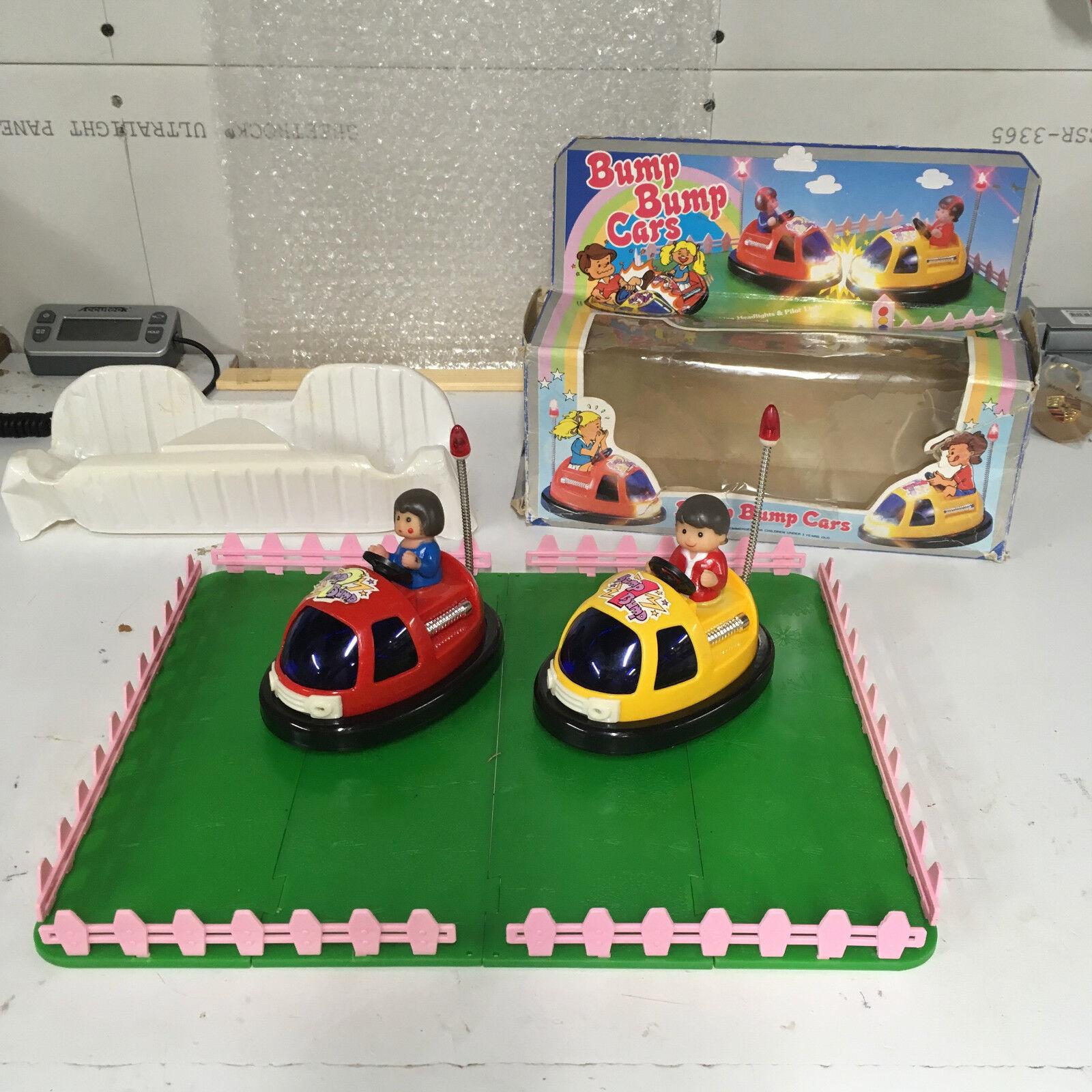 MODERN VINTAGE B O BUMP BUMP CARS BUMPER CARS. COMPLETE WORKING W  ORIGINAL BOX