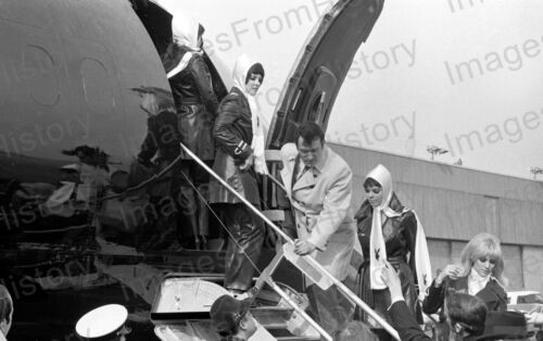 8x10 Print Hugh Hefner Exiting Playboy Aircraft with Playboy Playmates #1008231