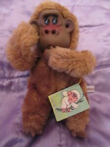 RARE-Vintage-Russ-Berrie-Rutherford-III-Plush-Thumb-Sucking-Monkey-With-Tag-10-034