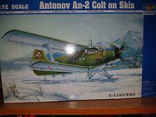 Antonov An-2 Colt on Skis - Trumpeter Kit 1:72 - TR 01607 Nuovo