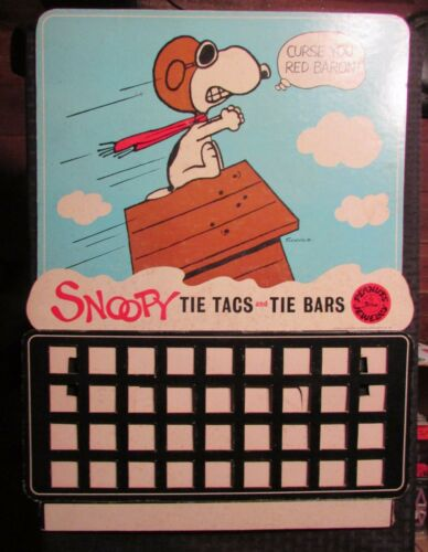 "1965 PEANUTS Jewelry Store Display SNOOPY Tie Tacs Bars 16x21"" VG+ 4.5"