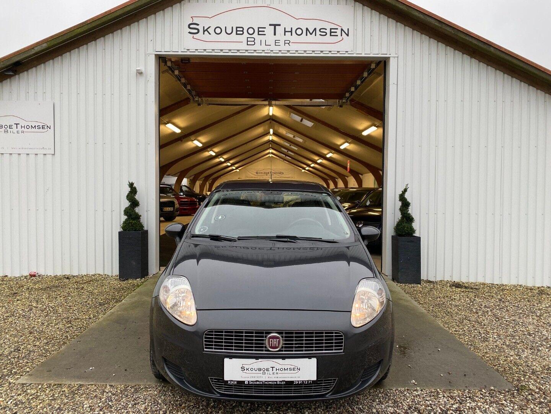 Fiat Grande Punto 1,4 Dynamic 5d - 22.900 kr.