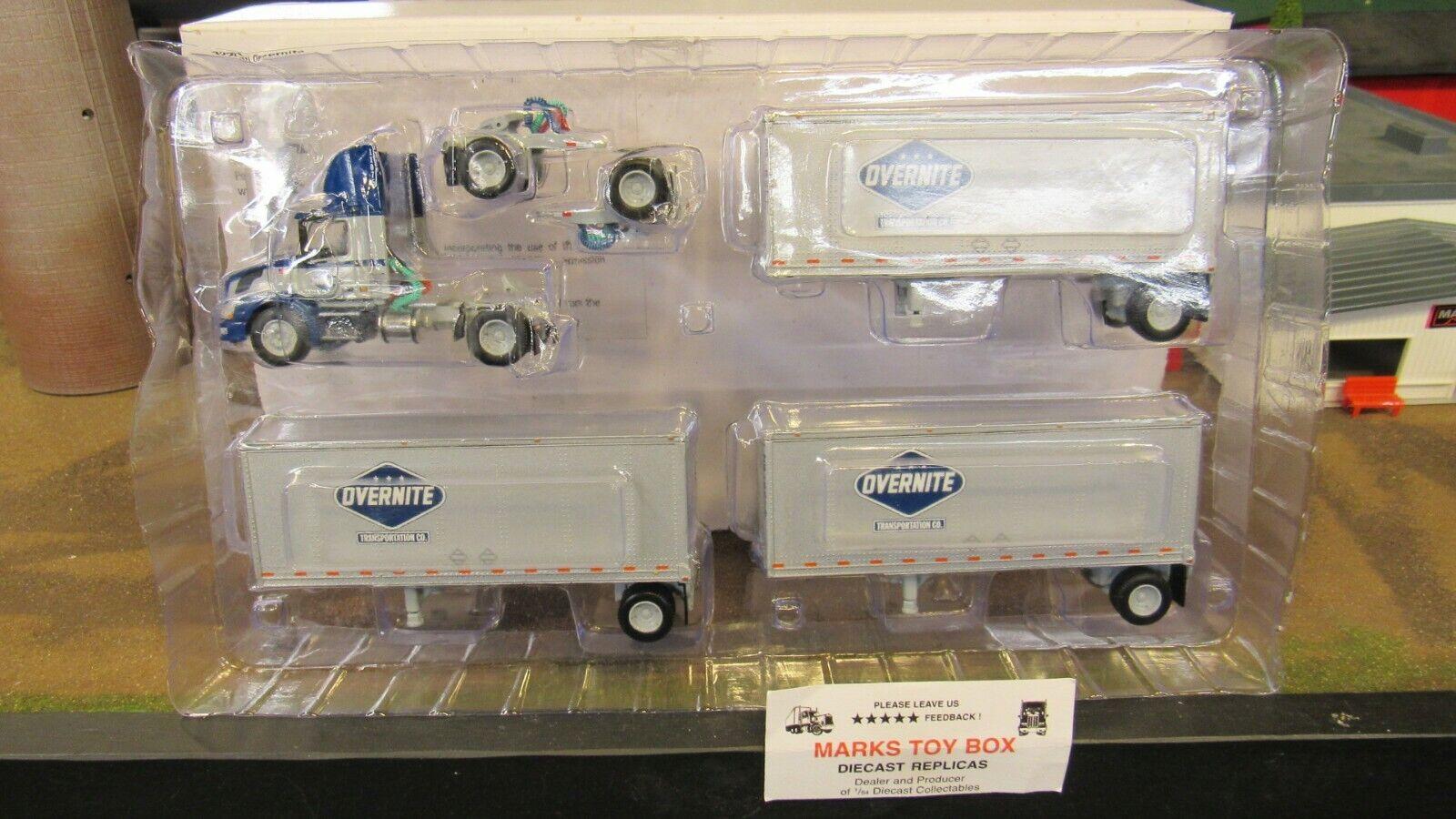 venta Remolque de Cochega triple Cachorro DCP 32201 durante durante durante la noche de Volvo 300 Day CAB camioneta 1 64 CL  ventas en linea