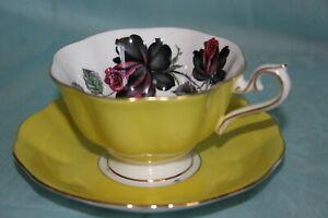 Rare-Vint-Royal-Albert-bone-china-cup-saucer-Masquerade-Yellow-w-Black-Roses