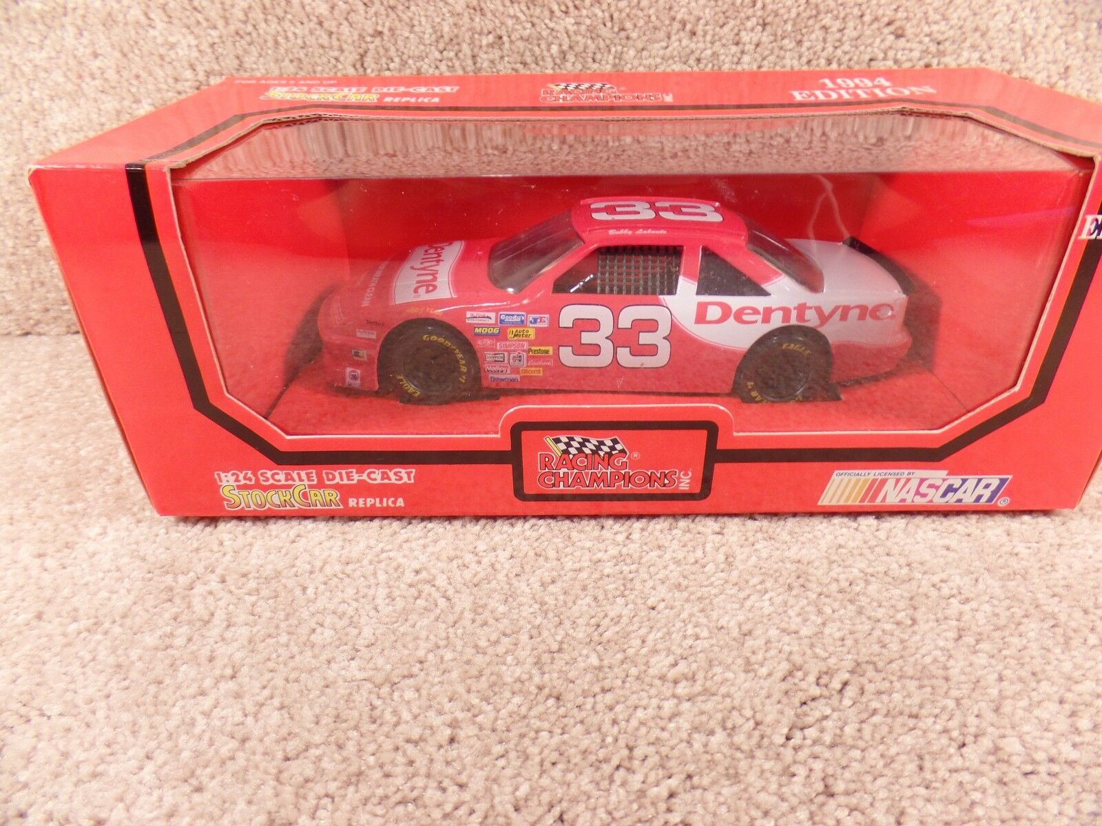 1994 Racing Champions 1 24 Diecast NASCAR Bobby Labonte Dentyne Grand Prix b