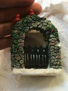 Lemax Small Stone Archway Cardinals Winter Snow Christmas  Village Piece