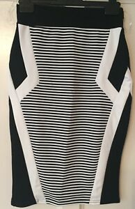 BNWT ladies Lipsy Bodycon Skirt Monochrome Size 10