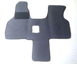 Fahrerhausteppich-Fussmatte-fuer-VW-T4-Multivan-Schaltgetriebe-2-Sitzer-in-anthra