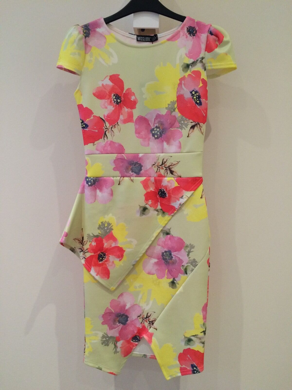 BNWT Floral WANT THAT TREND Midi Dress Size 8 RRP