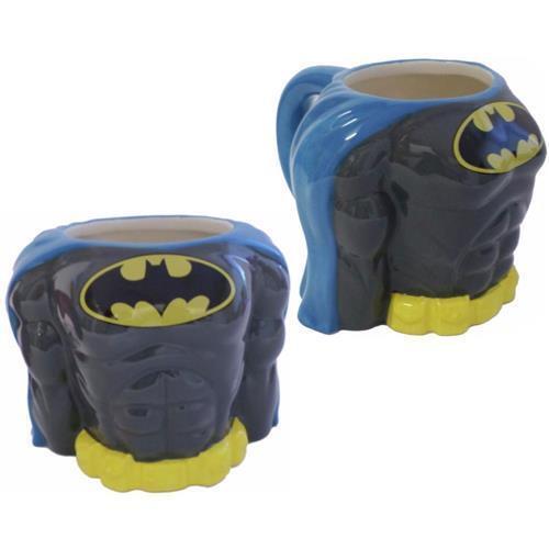 BRAND NEW GREAT GIFT DC BATMAN CLASSIC TORSO 3D MUG IN GIFT BOX