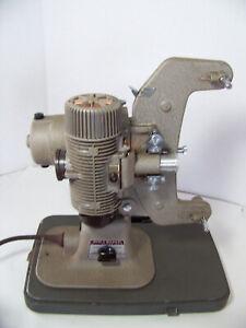 Vintage-Bell-amp-Howell-Model-122-LR-Movie-Projector-works-fine-inludes-manual