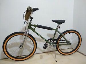 Schwinn-Netflix-Stranger-Things-Lucas-BMX-Bike-24-inch-Wheels-Single-Speed-Green