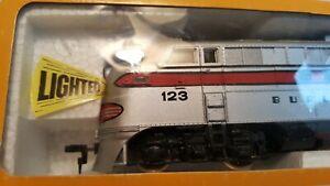 NIB-BACHMANN-HO-0682-EMD-FT-A-Unit-Powered-Diesel-Locomotive
