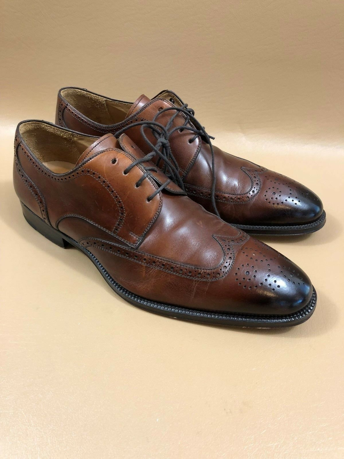 #84  Magnanni Brown Pelle Wing Tip Oxfords Size 10.5