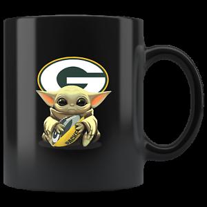 Green-Bay-PACKERS-Baby-Yoda-Star-Wars-Cute-Yoda-PACKERS-Funny-Yoda-Coffee-Mug