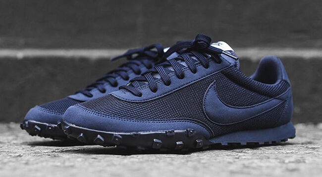 Nike Waffle Racer '17 PRM size 8.5.Obsidian Navy. 876257-400. internationalist The latest discount shoes for men and women