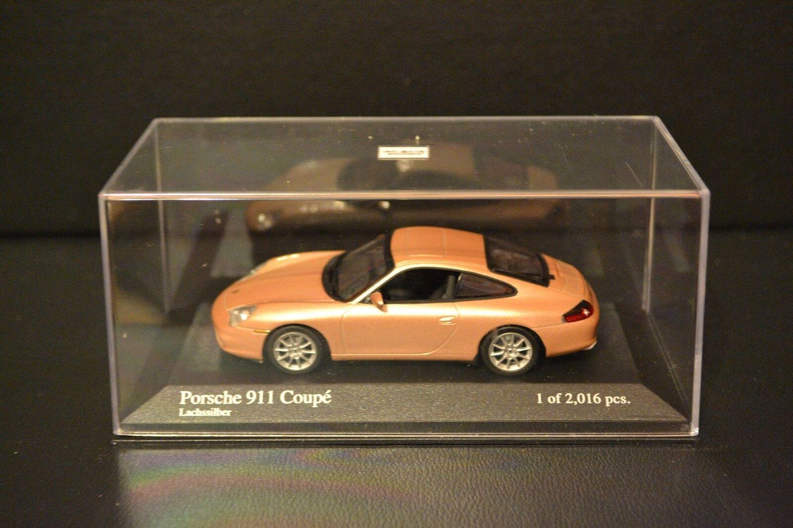 Porsche 911 (996) Coupe 2001 Minichamps tärningskast fordon i skala 1  43