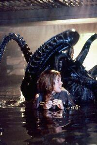 Aliens de Alien Attaquant 11x17 Mini Affiche 81L0TqIQ-07195846-102360913