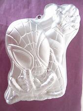 WILTON aluminum Marvel SPIDERMAN #2105-5052 Cake Pan (1 box of mix)