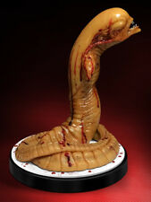 ALIEN CHESTBURSTER 1:1 Scale statue~LIFE SIZE~Hollywood Collectibles Group~NIB