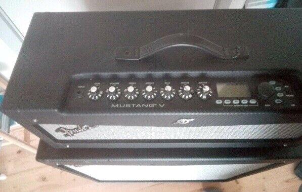 Guitarforstærker, Fender Mustang V, 200 W