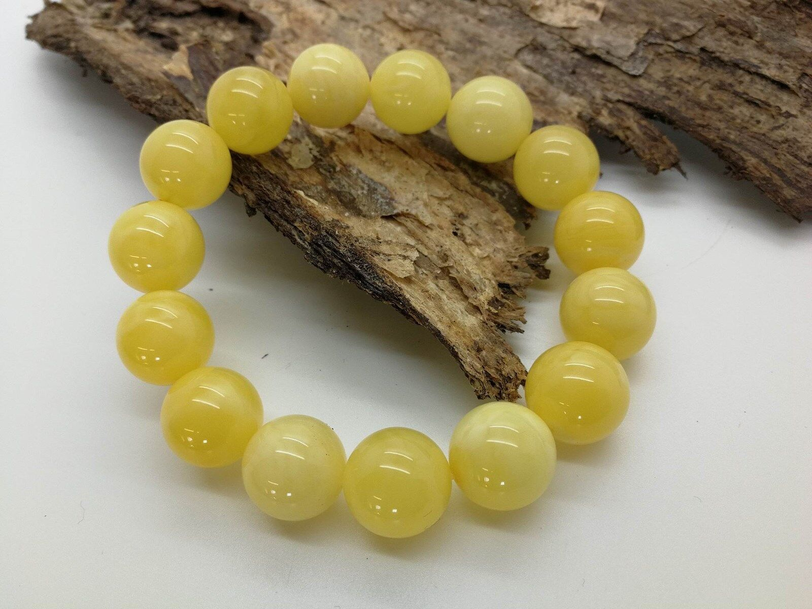 Natural Baltic amber yellow color round beads bracelet