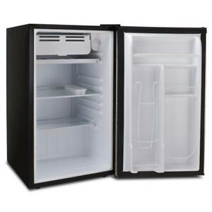 3.2 cu. ft. mini refrigerator in black | fridge rca single door rfr320-black new