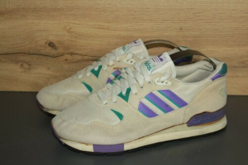 VINTAGE ADIDAS QUORUM MADE IN INDONESIA CASUAL SHO