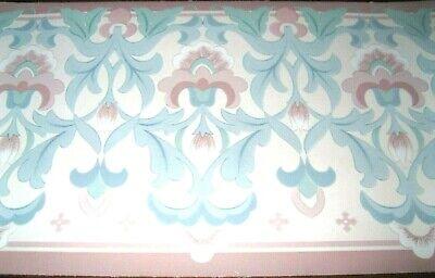 Fleur de Lis Shaped Leaf w// Brown Accents Wallpaper Border  W1172