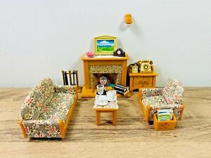 Sylvanian-Families-Country-Living-Room-Sofa-Couch-Fireplace-Telephone-Set