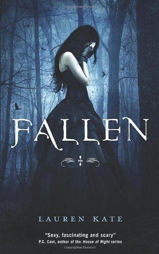 Fallen: Book 1 of the Fallen Series By Lauren Kate. 9780385618021