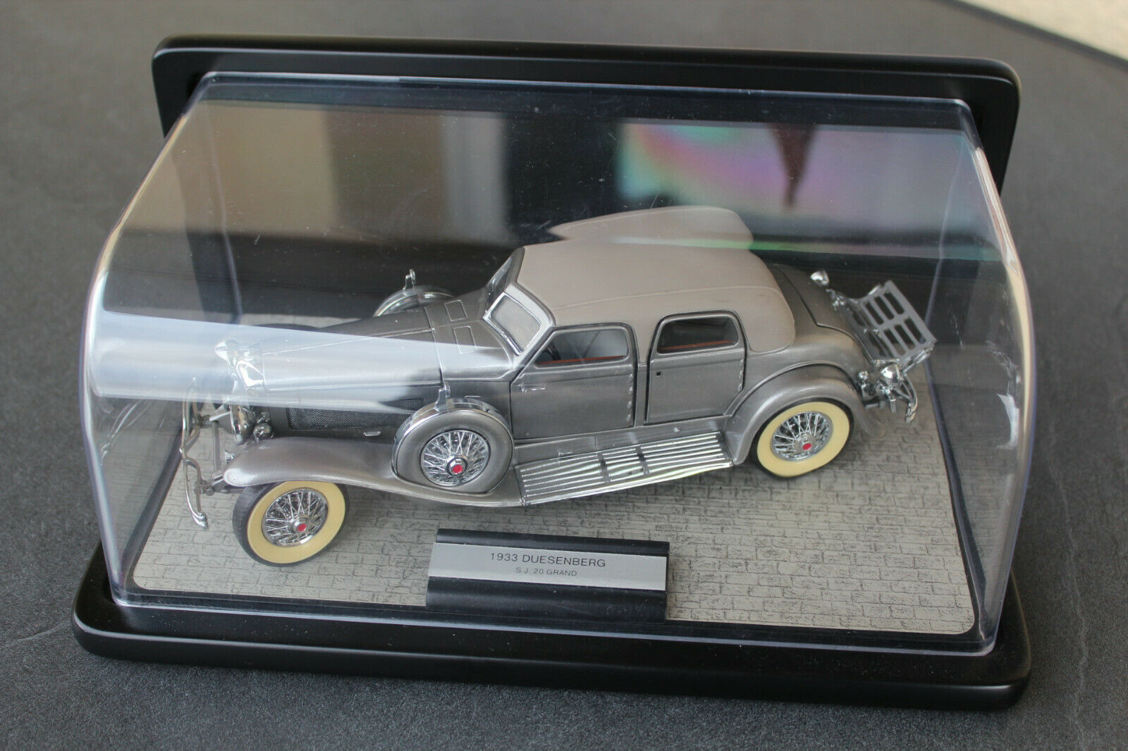 Duesenberg Twenty Grand 1933 von Franklin Mint