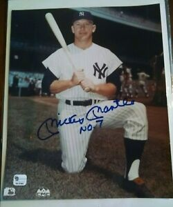 Mickey-Mantle-hand-signed-Yankees-8-x-10-photo-with-rare-7-inscription-GAI-COA
