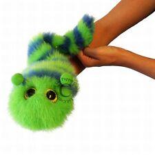 große Fingerpuppe Crispin Raupe grün-blau ca. 36cm lang NEUWARE