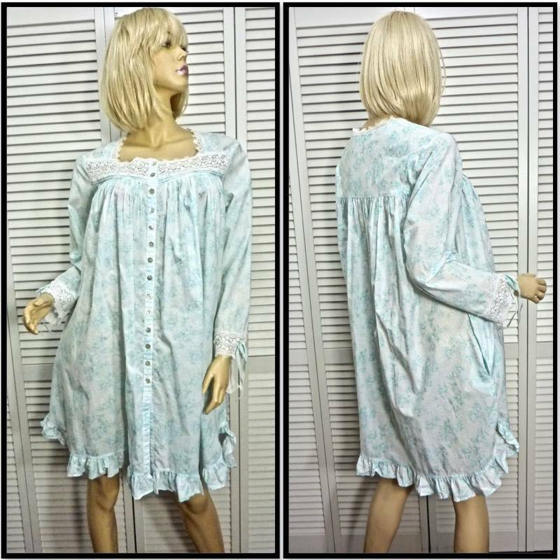 NWT  EILEEN WEST ROBE or GOWN SMALL Aqua & White Floral K L 100% Cotton