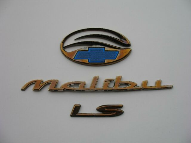 2001 Chevrolet Malibu Ls Rear Trunk Gold Emblem Logo Badge 97 98 99 00 01 02 03