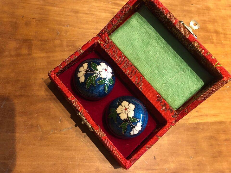 Kinesiske sten kugler med lyd