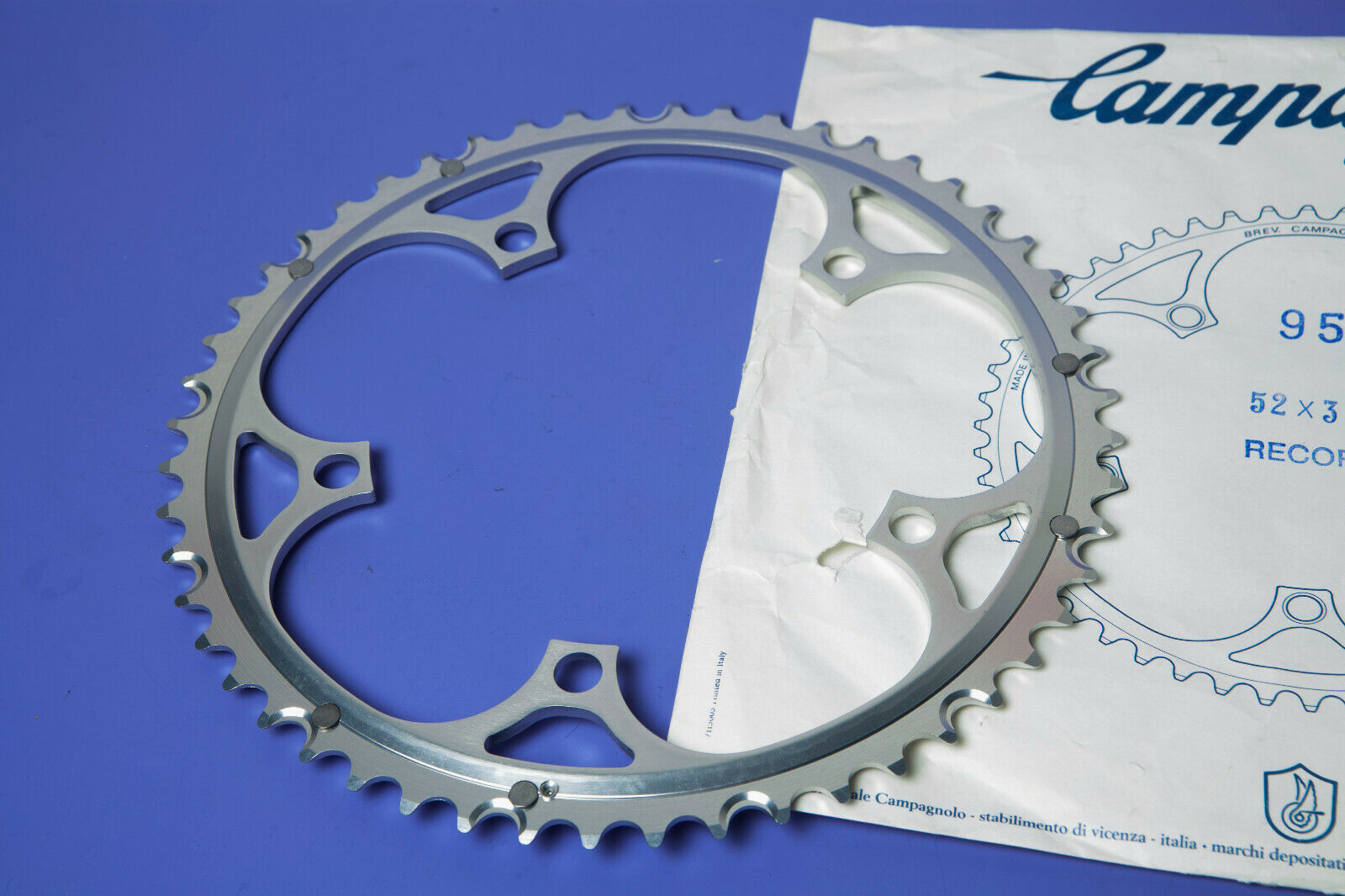 VINTAGE CAMPAGNOLO RECORD CHAINRING 52 x 39t BCD 135 NEW OLD STOCK  NUOVA NOS