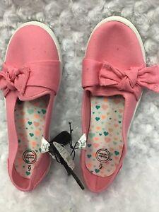 Wonder Nation Girl/'s Size 6 Slip On Shoes