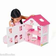 HELLO KITTY WOODEN DOLLS HOUSE**BRAND NEW**.