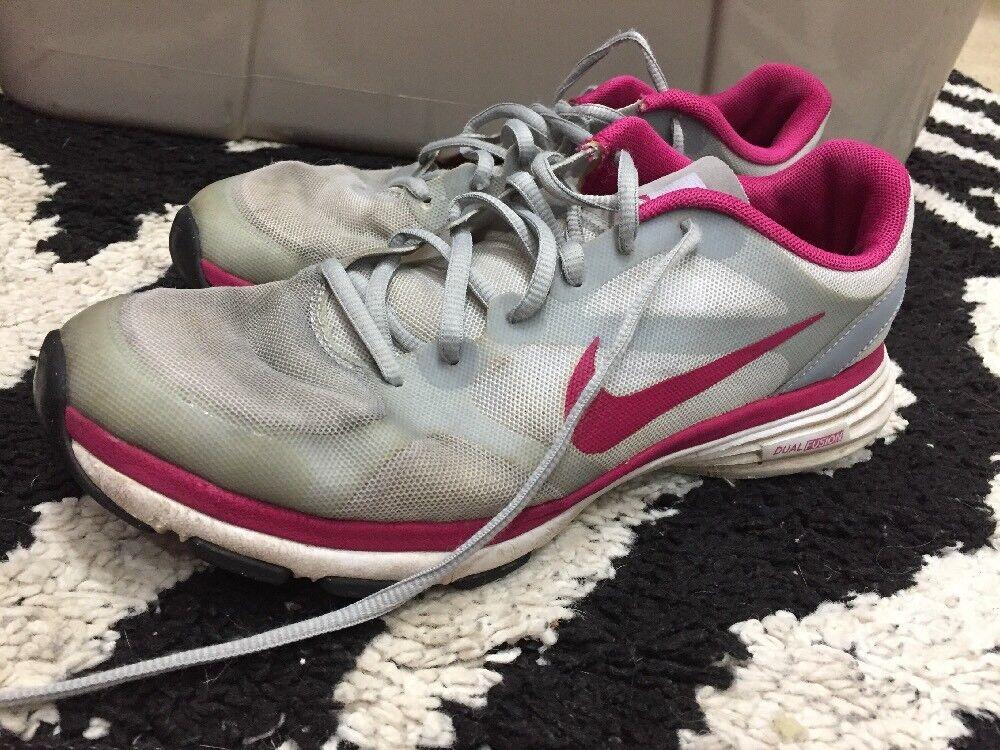 nike double fusion tr des femmes est des tr chaussures de course 443837 taille 8 Gris  rose. d0b3ee