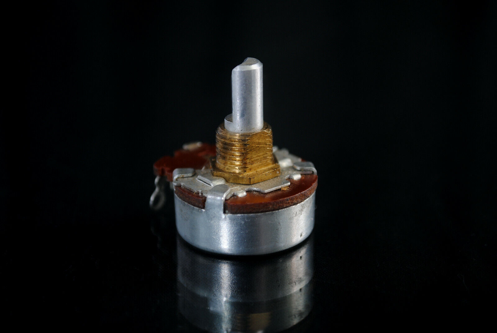 NEW   Vintage 1967 CTS 50 Ohm Pot Electric Guitar Amp Potentiometer