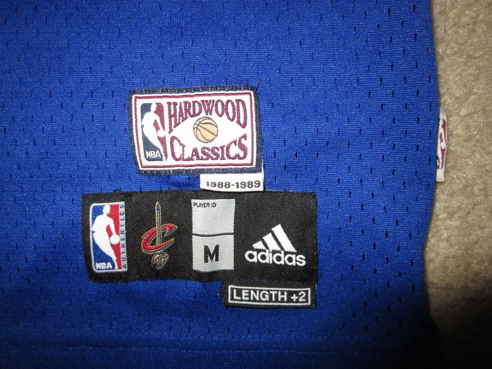 Lebron James 1989 Cleveland Kavaliere NBA Retro Trikot Jugendliche Jugendliche Jugendliche M 10-12 Kind 006822