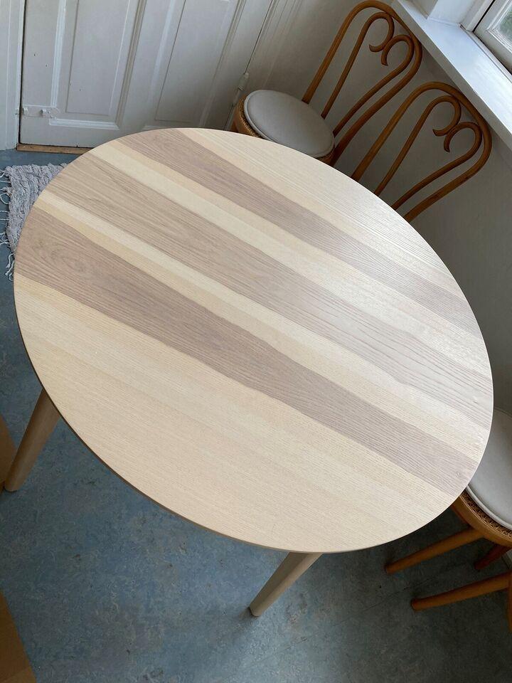 Lisabo Kitchen Table