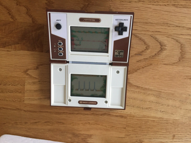 Nintendo Game & Watch, Donkey Kong 2, God, Velholdt en…