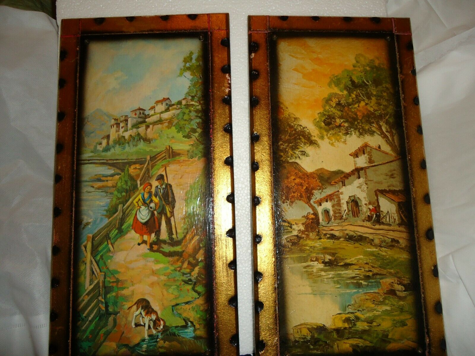 Original  oil painting  on wood  pair panel wall decoration.unsigned